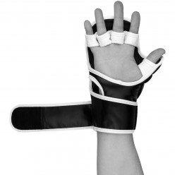 Рукавички для Karate PowerPlay 3092KRT Чорні-Білі S